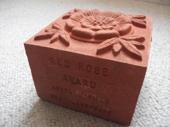 Red Rose Award